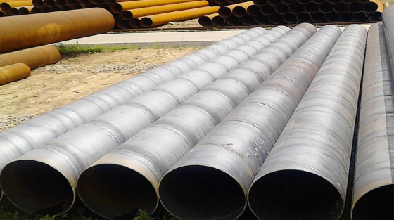 Comparison of Spiral Steel Pipe and Straight Seam Steel Pipe